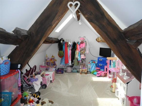 BEDROOM 4 / CURRENT PLAYROOM