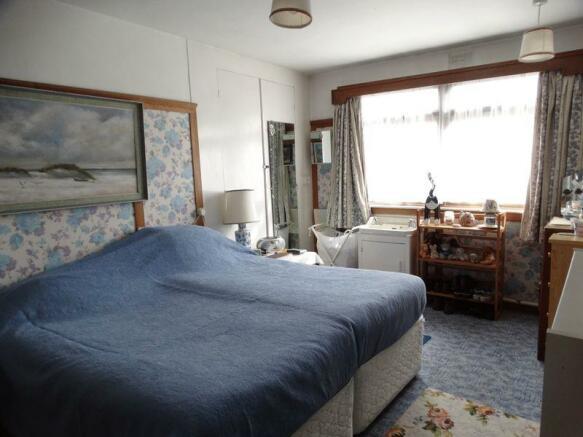 gr fl bedroom