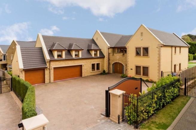 6 Bedroom Detached House For Sale In Earls Gate Bothwell