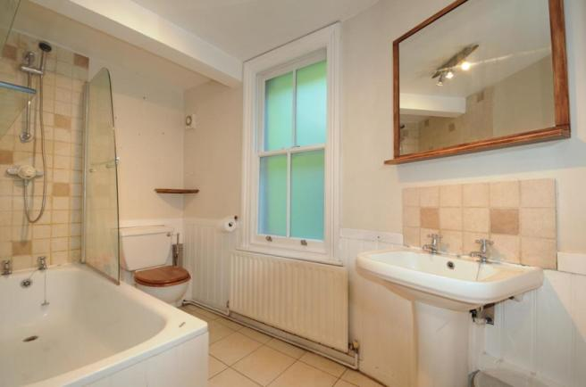 Clive road bathroom