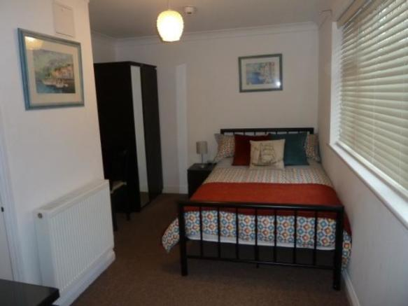 8 Room 2 A.JPG