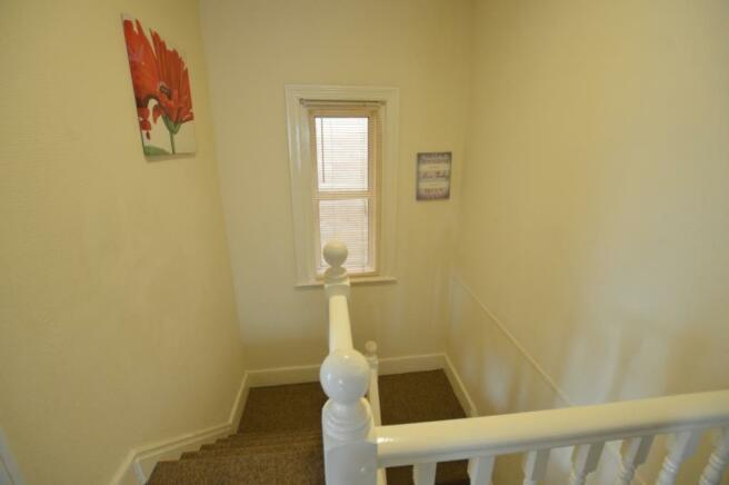 hallway_lge