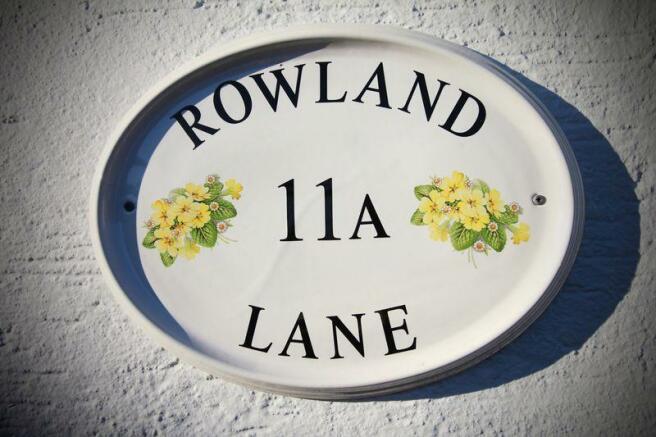 11a Rowland Lane