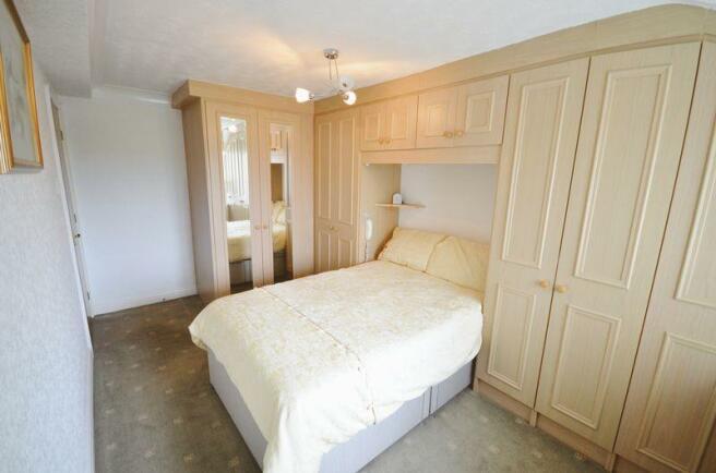 Bedroom (Diffe...