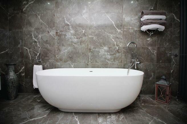Bathroom Featu...