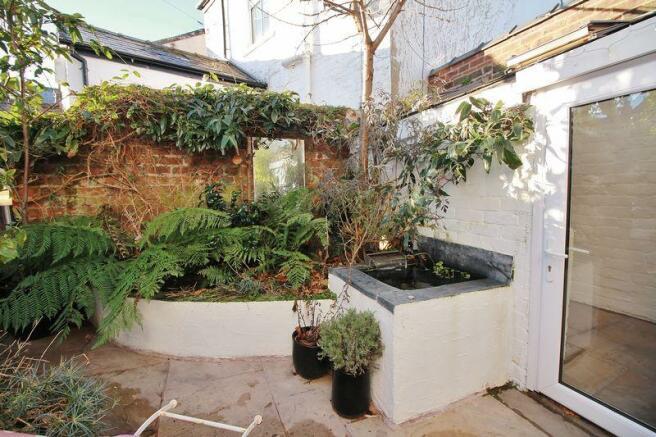 Walled Garden ...