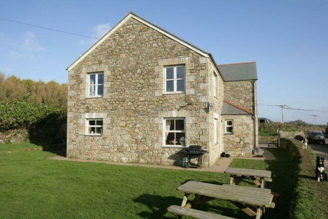 Farmhouse - Side
