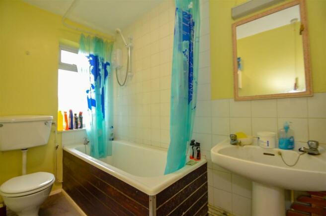 ## Bathroom (1).jpg