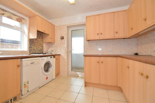 # Kitchen (3).JPG