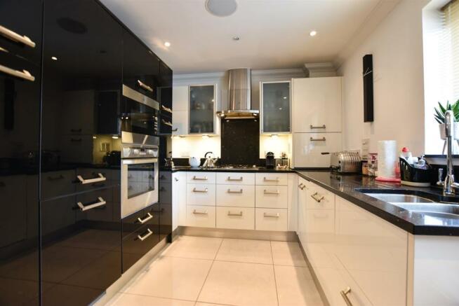 ## Kitchen Area.jpg