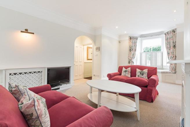 3 Bedroom Terraced House To Rent In Tetcott Road Chelsea London - Excellent-3-bedroom-london-apartment-in-chelsea-area