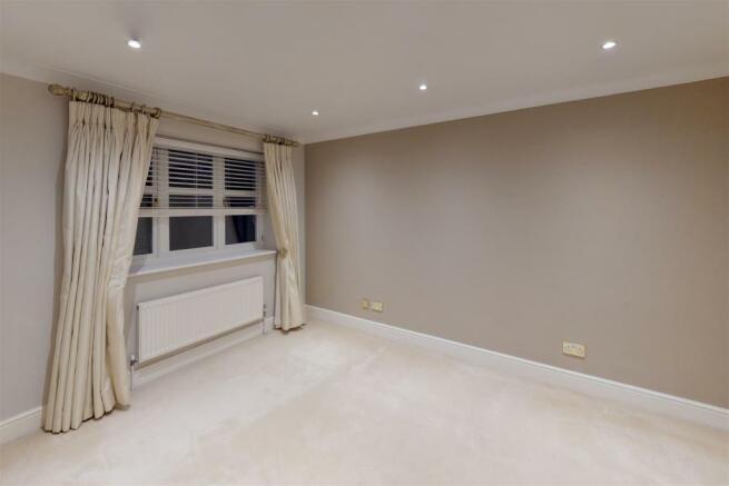 New master bedroom 2.jpg
