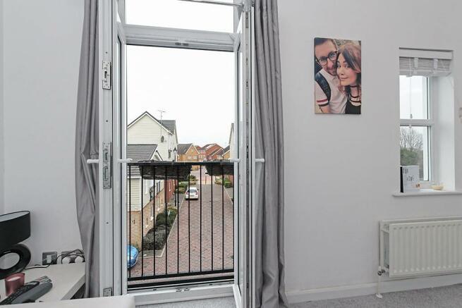 Onyx-Juliet-Balcony.jpg