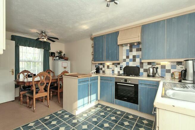 Top-Kitchen_2.jpg
