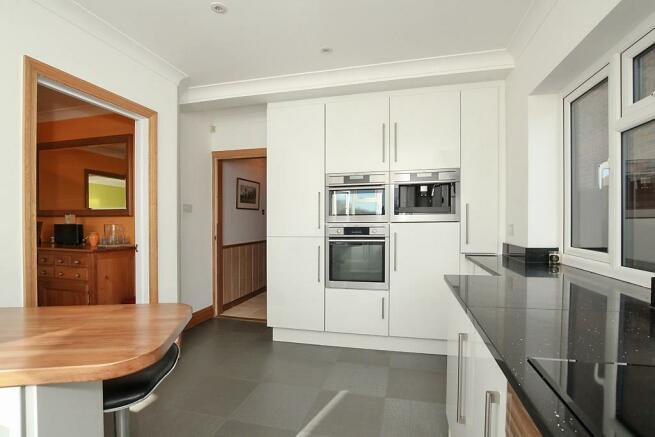 Pri-Kitchen_2.jpg