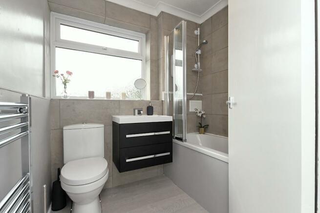 Cli-Bathroom.jpg