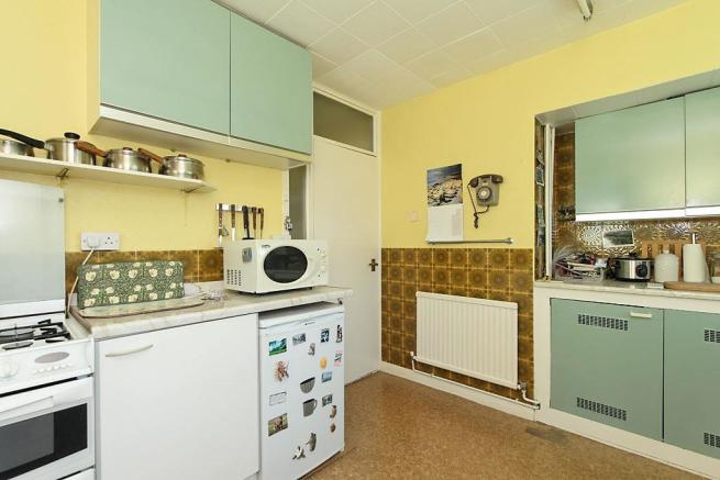 Ste-Kitchen_2.jpg