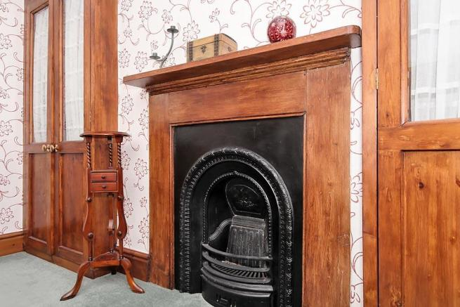 Cam-Bed-Fireplace.jpg