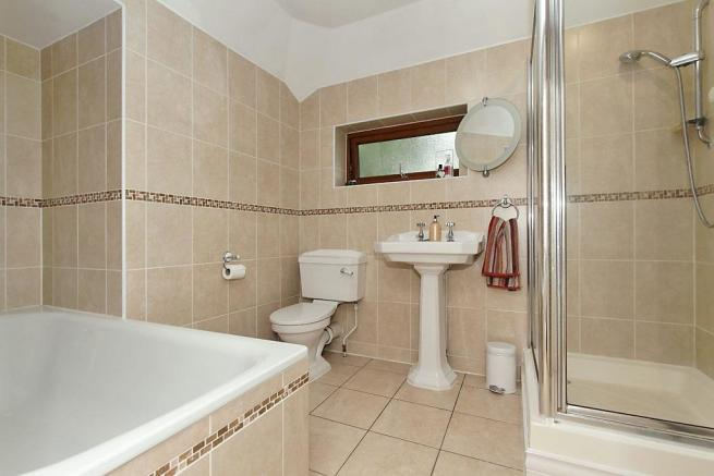 Tyn-Bathroom.jpg