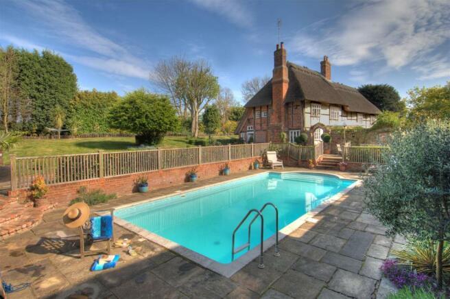Manor Farm House Pool