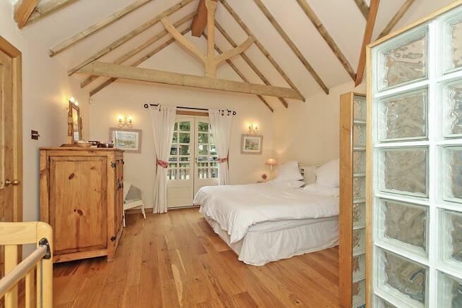 Stable Cottage Bedroom 1
