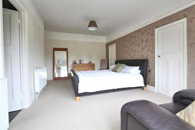 Bedroom1..jpg