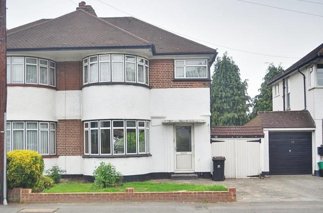 3 Bedroom Semi Detached House For Sale In Tudor Way Petts Wood Br5