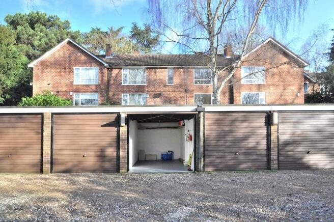 1 bedroom apartment for sale in Lubbock Road, Chislehurst, BR7