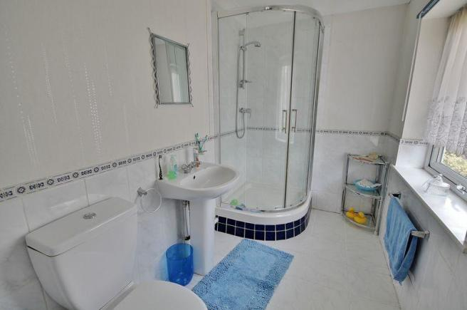 Ensuite from B...