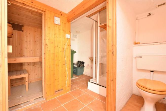 Under Croft with WC, Sauna and Utility Space