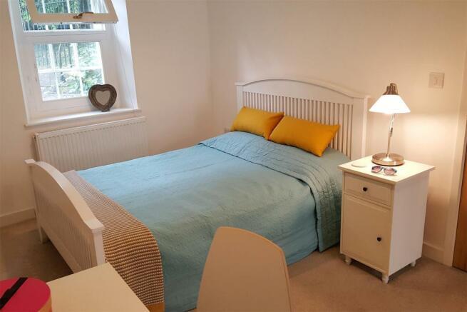 4 Bedroom 1