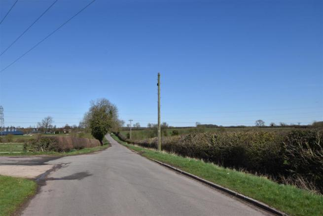 COUNTRY LANE LOCATION