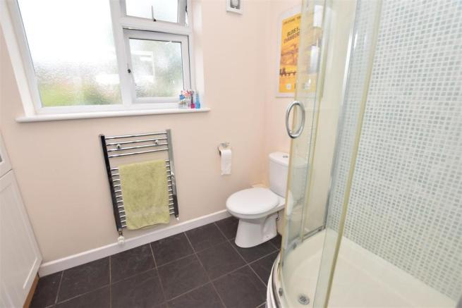 EN-SUITE SHOWER ROOM ADDITIONAL