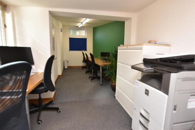 COMMERCIAL DETACHED OFFICE