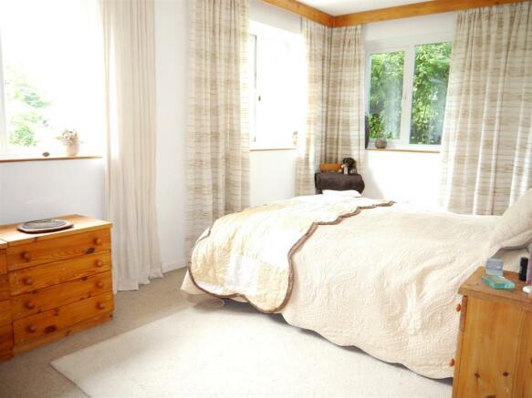 badgers bedroom 1.JPG