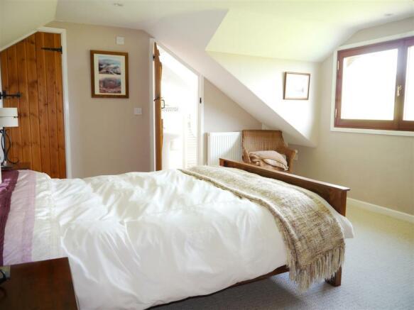 lower bedroom 4.JPG