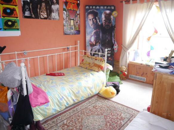 kes bedroom 2.JPG