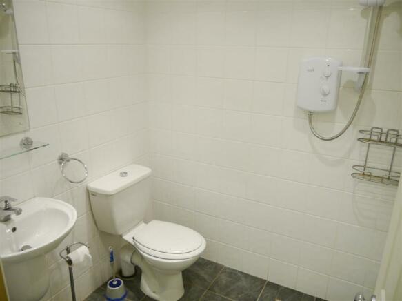 elm utility wet room.JPG