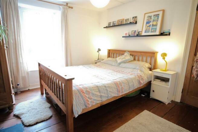 50 rich bed 2.jpg