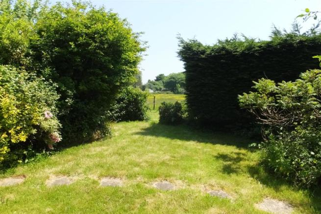 Gardens (2).JPG