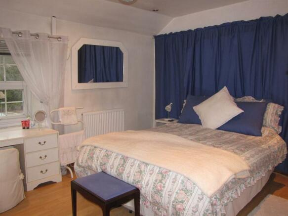 7339 Bed 1.JPG