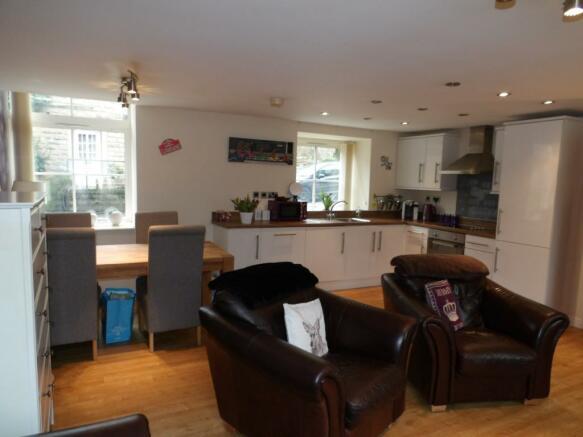Lounge- Kitchen -Din