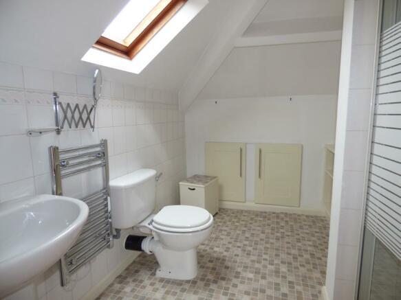 First Floor Shower R