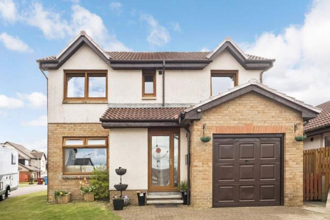 4 bedroom detached house for sale in Ochil Court, Lindsayfield, East on