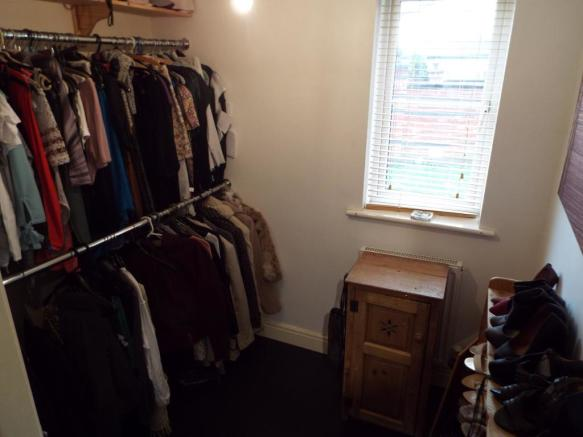 Bedroom/Dressng Room