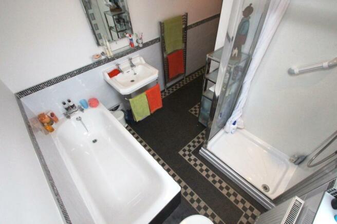 Bath/Shwr Room