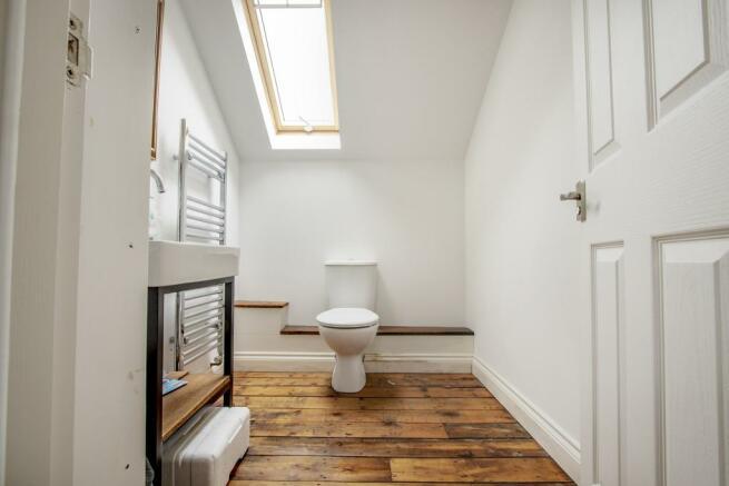 Cottage cloakroom