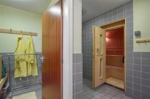 Wet Room And Sauna