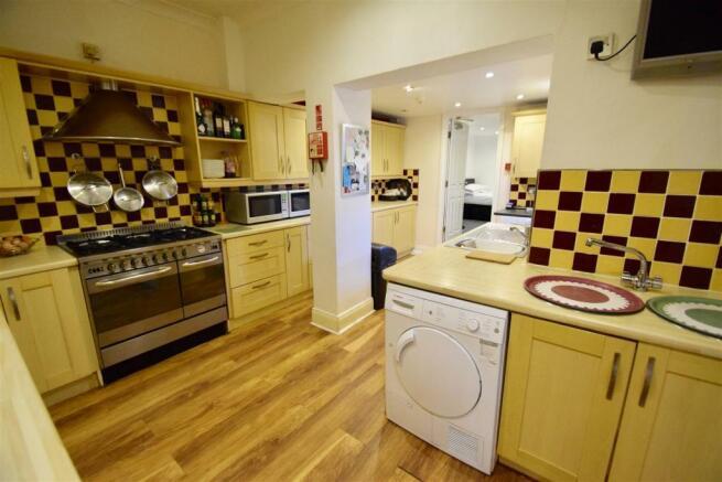 Kitchen lightened (2).jpg
