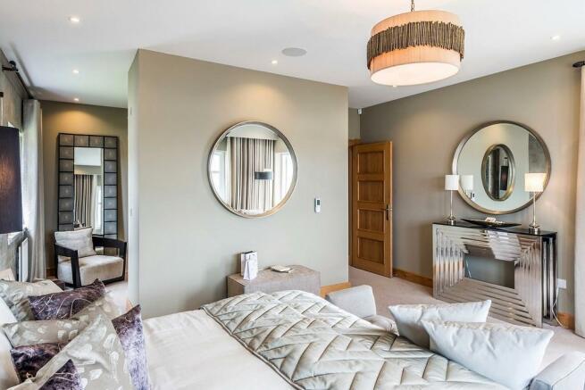 5 Bedroom Detached House For Sale In Peel Road